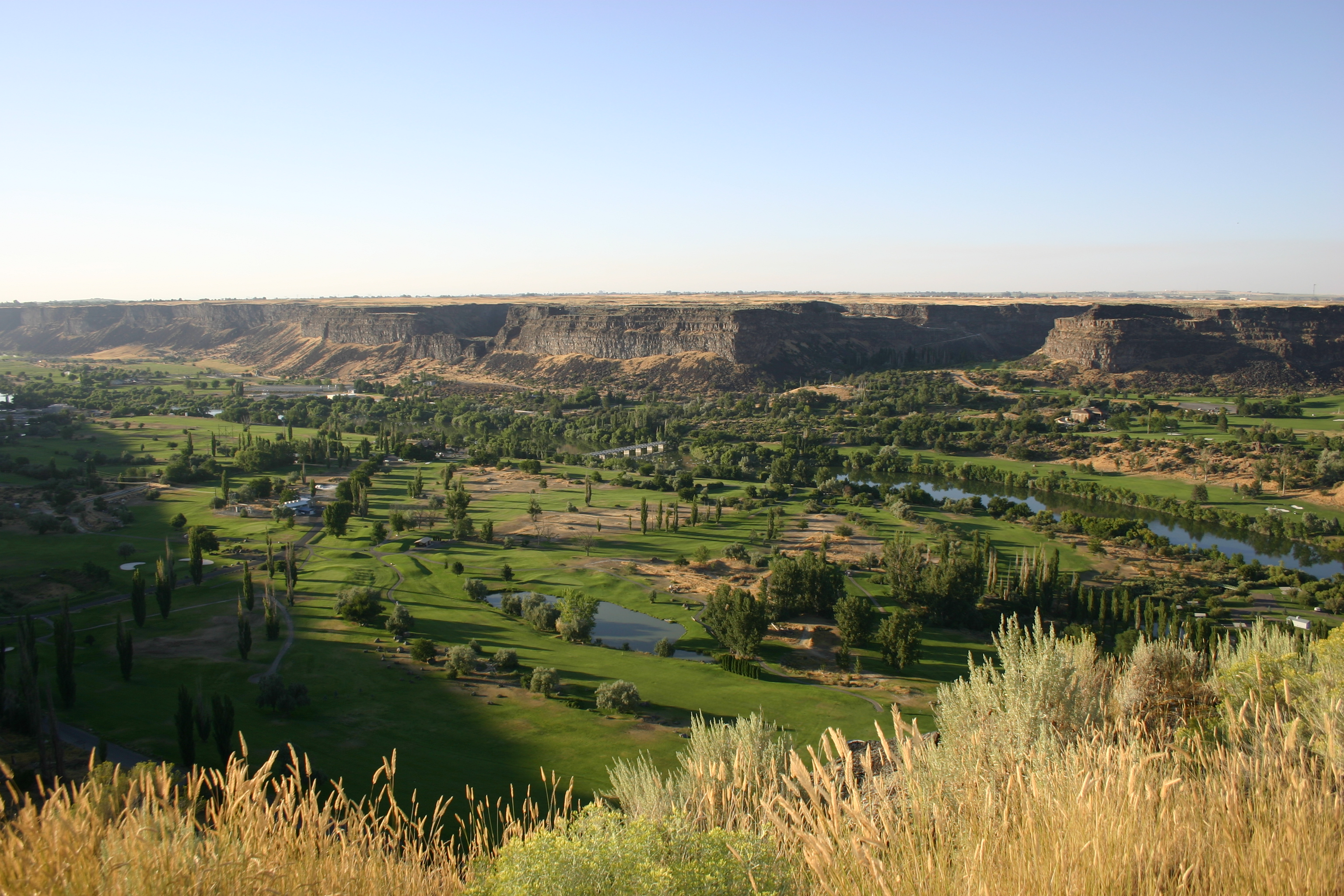 Golf course in the Snake River Canyon.