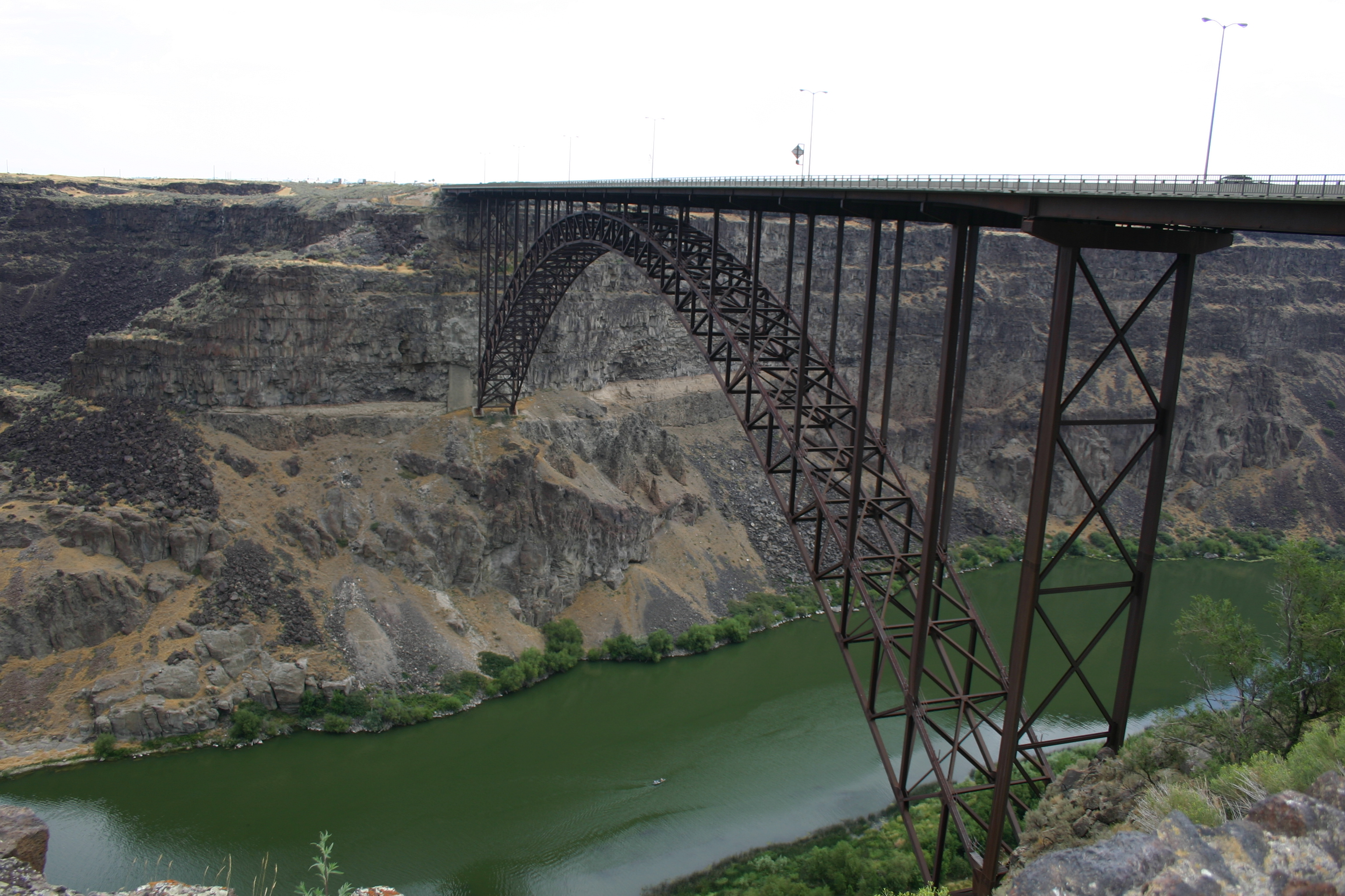Perrine Bridge over the Snake River Canyon in Twin Falls, Idaho.